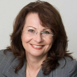Roswitha A. van der Markt